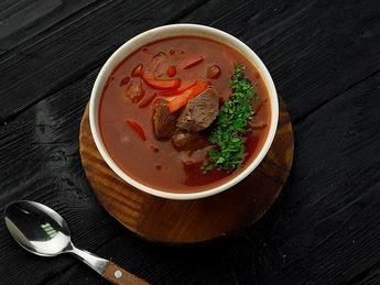 Supă ungară Goulash