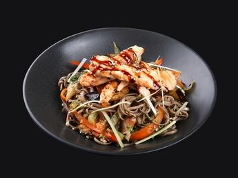 Noodles yaki soba with salmon