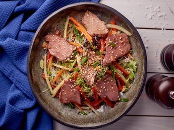 Salată Asiatică