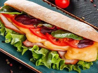 Sandwich cu curcan