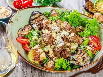Salată caldă la Sarkis