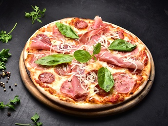 Пицца quattro carne