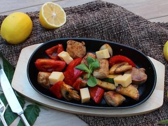 Поджарка из свинины с овощами