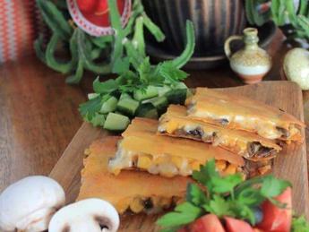 Quesadillas with mushrooms