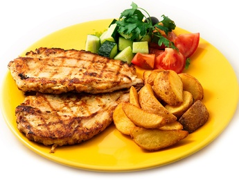 Chicken breast grilled with french fries