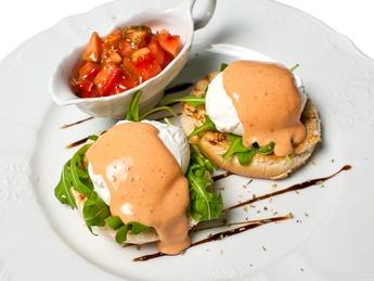 Dejun cu ou pașot