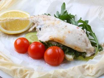 Филе судака на пару с овощами и лимоном