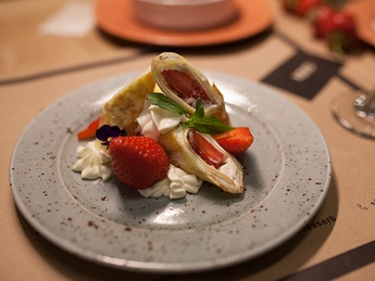 Crepes with almond cream