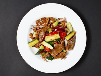 Chinese salad with beef