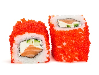 Salmon tobiko roll