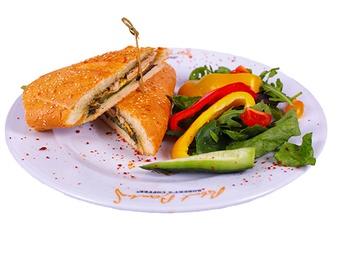 Сэндвичь с курицей гриль