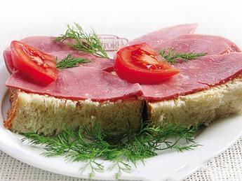 Tartine con salame