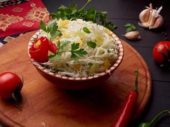 Salata de vitamine