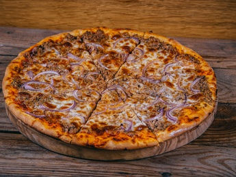 Pizza Tuna and onion