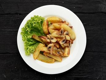 Cartofi copți cu ciuperci