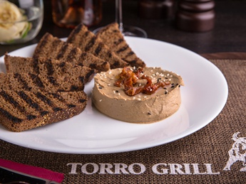 Goose liver pate with sun-dried tomatoes