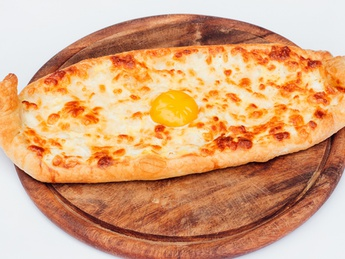Khachapuri with chicken