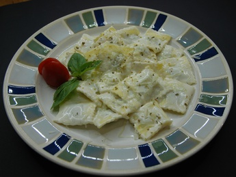 Ravioli with meat and cheese