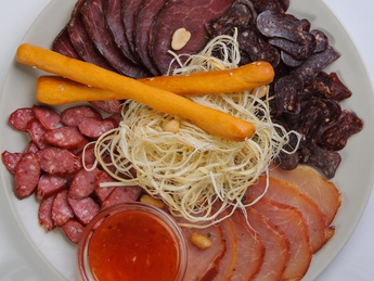 Meat plate for beer