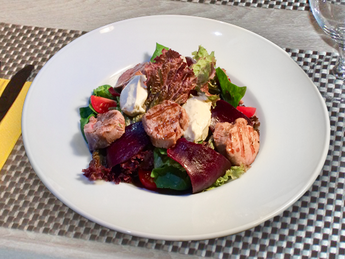 Salad with beef and mousse  Dor Blue