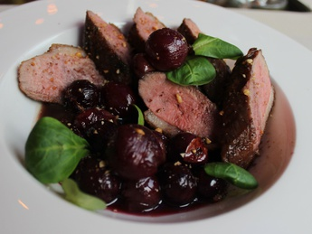 Duck breast with grapes confit