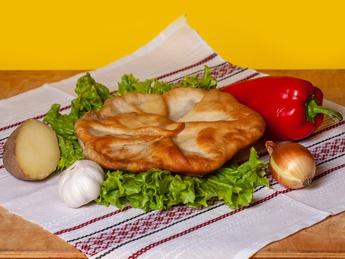 Домашняя плацинда с картофелем