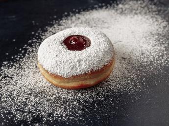Пончики с вишневым вареньем (постное)