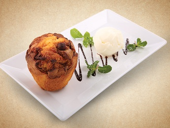 Muffin with ice cream