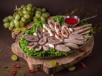 Meat plateau Seara pe deal