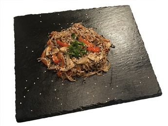 Soba with vegetables