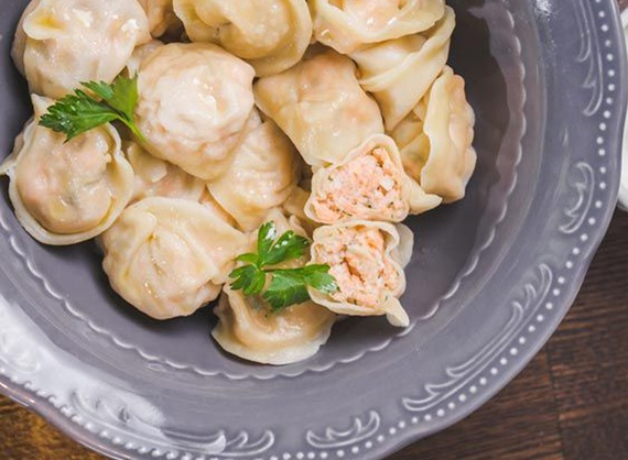 Dumplings with salmon and mashed potatoes