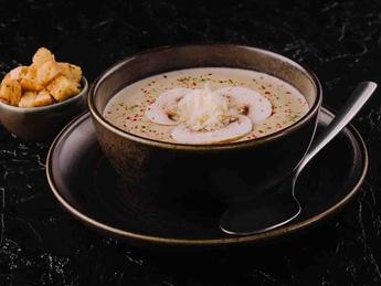 Суп крем с курицей и грибами