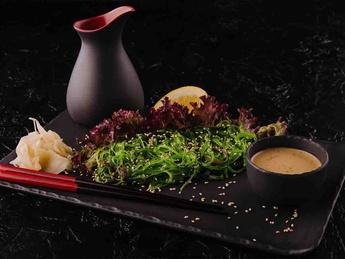 Салат чука вегетарианский