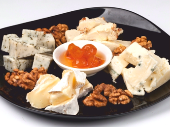 Mix of cheese for white wine