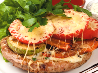 Pork fillet with vegetables and cheese