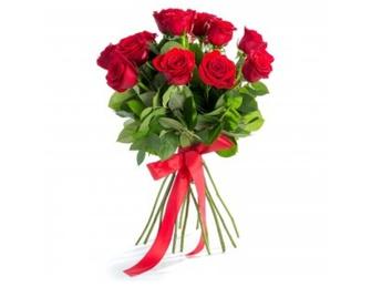 Красные розы длиной 40-50 см.