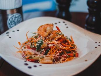 Funcioza with shrimps