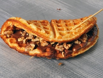 Waffles with nutella and banana with nuts