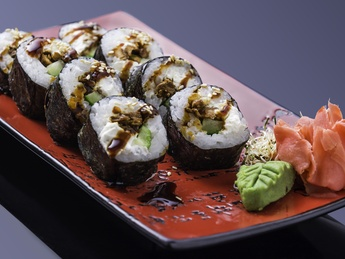 Salmon cream-ceese roll