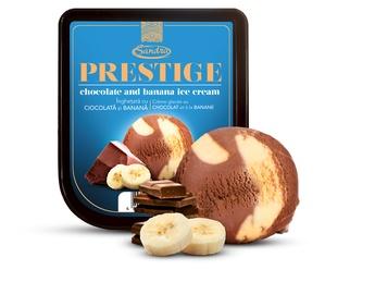 Înghețată de banană și ciocolată