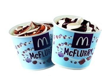 McFlurry Kit Kat cu caramelă