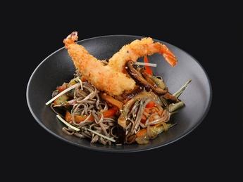 Noodles yaki soba with tempura shrimp