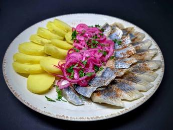Salted herring in Svan salt