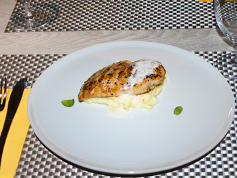 Chicken fillet with mashed potatoes