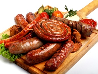Grilled assorted sausages