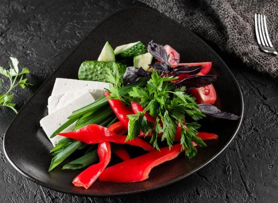 Ассорти овощное с брынзой