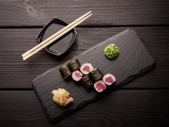 Maki with tuna