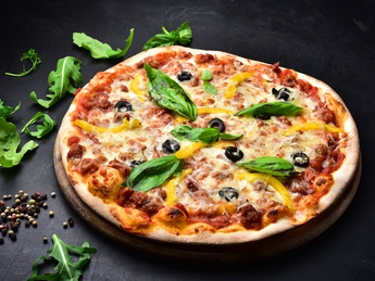 Pizza Bolonese
