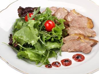 Salad whit duck