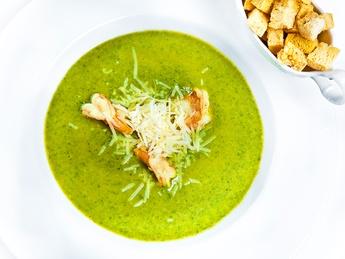 Supă-cremă de spanac și crevete